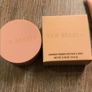 Shimmer powder for face and body   Kkw beauty